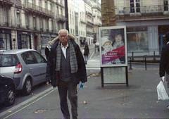 Nantes - Janvier 2019 (Maestr!0_0!) Tags: couleur pellicule film analog nikon f3hp epson v700 hpx400 street rue nantes urban people candid