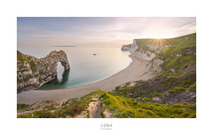 Durdle Vista (CaptureLight_71) Tags: a7r3 sony zeiss 1635 durdledoor dorset jurassiccoast england uk unitedkingdom sunstar sunset may 2019 seascape landscape beach coastline vista sea ocean cliffs