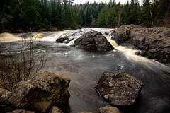 Baptism River 20190525-_DSC2745 (Prairieworks Pictures) Tags: a7riii baptismriver illgenfalls lakesuperior minnesota northshore tettegouchestatepark zeiss alpha loxia loxia2421 rocks sony trees water whiteater