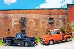 Ford F100's - Cookeville, Tennessee (J.L. Ramsaur Photography) Tags: sign signage it'sasign signssigns iloveoldsigns oldsignage fadedsignage fadedsign iseeasign signcity ghostsign fadedghostsign historyisallaroundus americanrelics beautifuldecay fadingamerica it'saretroworldafterall oldandbeautiful vanishingamerica retrotruck antiquetruck classictruck retro classic antique automobile truck vintage vintagetruck jlrphotography nikond7200 nikon d7200 photography photo cookevilletn middletennessee putnamcounty tennessee 2019 engineerswithcameras cumberlandplateau photographyforgod thesouth southernphotography screamofthephotographer ibeauty jlramsaurphotography photograph pic cookevegas cookeville tennesseephotographer cookevilletennessee ford fomoco fordmotorcompany fordf100 fordtrucks 1955fordf100 1956fordf100 forddealership trucks fordsign f100 1955 1956