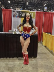 @Evilyn13 (edwinc1017) Tags: megacon orlando 2019 comiccon cosplay florida comics evilyn13 wonderwoman dc wonder