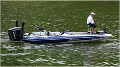 Trolling on Weiss Lake   Allison XB with Evinrude Outboard & small trolling engine (steveartist) Tags: boat speedboat fishingboat outboardengine trollingmotor oldman fisherman evinrudeengine sonydscwx220 snapseed telephoto photobystevefrenkel