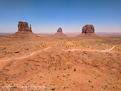 Mittens and Merrick Buttes, Monument Vally, Arizona (Andrea Meyers) Tags: 2018 organrockshale sandstone theviewhotel navajotriballands dechellysandstone arizona monumentvalley cutlerformation june24 buttes