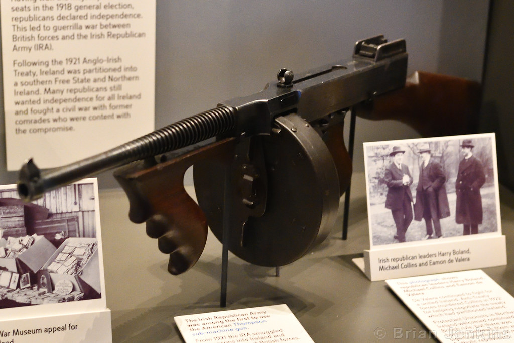 The World's most recently posted photos of submachinegun and
