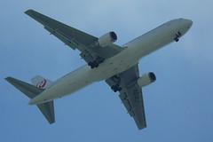japanairlines117 (mode21com) Tags: instagram 飛行機のお腹 日刊大阪空 jal ja614j japanairlines japanairlines117 boeing767346er 日本航空 日航 ボーイング boeing
