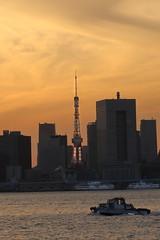 Tokyo Sunset (seiji2012) Tags: japan tokyo tokyotower tokyobay building boat sunset 東京タワー 有明 東京湾 夕陽 夕日 夕焼け happyplanet asiafavorites