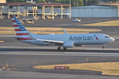 N924AN (LAXSPOTTER97) Tags: american airlines boeing 737 737800 n924an cn 29525 ln 434 aviation airport airplane kpdx