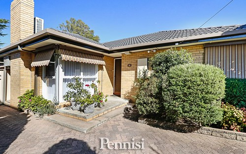 45 Riverside Avenue, Avondale Heights VIC 3034