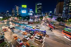 Seoul traffic (lavignassey) Tags: corée korea southkorea asia city ville nuit night seoul station traffic