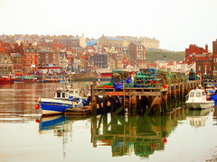 River Esk, Whitby, North Yorkshire, UK (photphobia) Tags: whitby town coast yorkshire england uk europe oldtown oldwivestale outside outdoor buildings river riveresk water boats reflection harbour haven