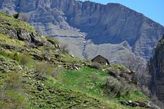 La chapelle Saint-Marcellin (RarOiseau) Tags: chapelle montagne réallon sentier