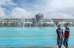 Jets d'eau (hubertguyon) Tags: iran perse persia asie asia moyen proche orient middle east ispahan esfahan isfahan ville city place square imam