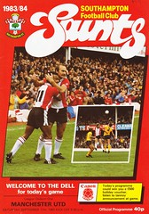 Southampton vs Manchester United - 1983 - Cover Page (The Sky Strikers) Tags: southampton manchester united football league division one the dell saints canon official programme 40p