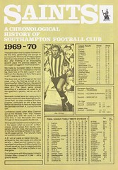 Southampton vs Manchester United - 1983 - Page 20 (The Sky Strikers) Tags: southampton manchester united football league division one the dell saints canon official programme 40p