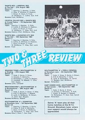 Southampton vs Manchester United - 1983 - Page 14 (The Sky Strikers) Tags: southampton manchester united football league division one the dell saints canon official programme 40p