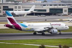 D-AEWG | Eurowings | Airbus A320-214(WL) | CN 7121 | Built 2016 | LIS/LPPT 02/05/2018 | Visit Goteborg decals (Mick Planespotter) Tags: daewg eurowings airbus a320214wl 7121 2016 lis lppt 02052018 visit goteborg decals aircraft airport a320 2018 nik sharpenerpro3 portela humbertodelgado humberto delgado