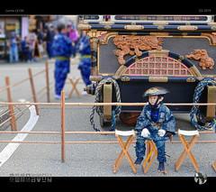 Boy (tomraven) Tags: boy matsuri takayama festival tomraveninjapan japan aravenimage float japanese boredom costume q22019 2019 lumix lx100