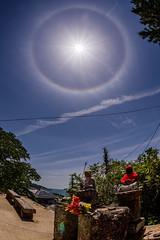 明瞭なハロ #3ーClear halo #3 (kurumaebi) Tags: yamaguchi 秋穂 山口市 nikon d750 nature landscape 雲 cloud halo 日暈 寺 大師堂