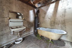 Bain mousse (www.francismeslet.com) Tags: mindtravels sombresociety abandonseekers abandoned abandonedafterdark abandonedporn abandonné amazing archdaily architecture architecturelovers architecturehunter architectureporn art beauty beautyfull closed color crusty decay decayandstyle derelict design dilapidated disused down décadence déchéance eleganceinabandonment explo explore fisheyelemag forgotten forsaken friche grimenation histoire infinityunguarded instagood instalove interiordesign itsabandoned kingsabandoned letting limitededition lost lostplace lovesabandoned moodygrams oblivion old patrimoine photodaily picoftheday preciousjunk pretty rouille ruined ruines rusty sfxdecay sombrexplore traveling tvurbex urbain urbanexploration urbex urbexrebels urbexart urbextreme urbexworld vieux wrecked yellowkorner