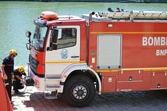 OPERACIÓN DE RESCATE SIMULADO - BOMBEROS AYUNTAMIENTO DE SEVILLA (DAGM4) Tags: difas2019 sevilla andalucía españa europa europe espagne espanha espagna espana espanya espainia spain spanien 2019 emergencias emergency emergencias112 bombeiro bomberos bombero bomberosayuntamientodesevilla bomberosdesevilla ríoguadalquivir