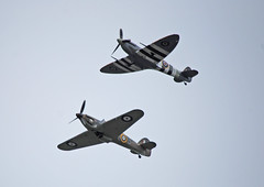 Fly past ...... (Halliwell_Michael ## Offline mostlyl ##) Tags: brighouse westyorkshire brighouse1940swe brighouse1940sweekend nikond40x 2019 spitfire hawkerhurricane aircraft airplane history
