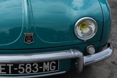 Dauphine (Lise Tiolu) Tags: voiture nikon automobile renault patrimoine voitureancienne 1v3
