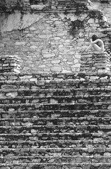 A Spot Amongst The Ruins (peterkelly) Tags: digital canon 6d bw northamerica mexico gadventures mayandiscovery chiapas palenque palenquenationalpark maya mayan lakamha palace woman sitting ruins stone steps