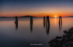 The lake (Luca-Anconetani) Tags: lake sunset trasimeno nikon luceradente lucaanconetani tripod regioneumbria umbriaregion lagotrasimeno travel italy natura colorsofnature tramonto sunsetcolors isle isolapolvese ngc