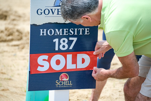 Governors Sold Sign Event - Phase 2
