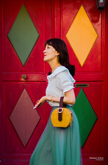 Street - Geometry (François Escriva) Tags: street streetphotography paris france people candid olympus omd photo rue woman colors rhombus door green red yellow turquoise skirt pink lines bag little small