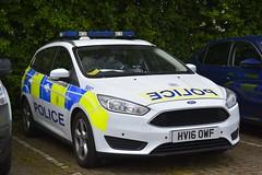 HV16 OWF (S11 AUN) Tags: hampshire constabulary police ford focus estate patrol car panda irv incident response vehicle safernieghbourhoodteam snt 999 emergency hv16owf