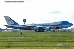 Air Force One 3 June 2019 London Stansted Airport State Visit arrival Donald Trump VC25 29000 (bananamanuk79) Tags: planewatch pictures aviation airplane airport london flying flight runway air travel transport pilot avgeek airways takeoff departure flyer vehicle outdoor airliner jet jetliner flyers travelling jumbo logo livery painted airplanes aicraft photos airline airliners airlines trump donald uk visit president us force marines trumpuk donaldtrumpuk statevisit airforceone airforceonelondon londonstanstedairport boeingvc25a
