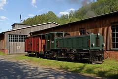 V1 der Sauerländer Kleinbahn in Hüinghausen (-cg86-) Tags: