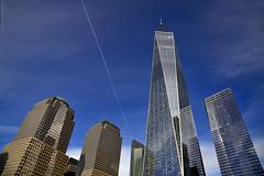 Tocando el cielo (ricardocarmonafdez) Tags: newyork manhattan arquitectura architecture buildings rascacielos skyscrapers skyline cityscape city ciudad cielo blue nikon d850 24120f4gvr sunlight