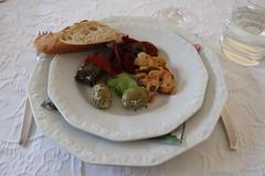 Antipasti als Vorspeise (multipel_bleiben) Tags: essen zugastbeifreunden antipasti gemüse oliven vorspeise vegetarisch