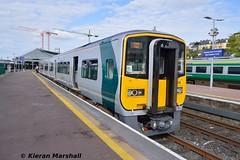 2605+2616 at Cork, 19/5/19 (hurricanemk1c) Tags: thecorkstopper bls branchlinesociety railways railway train trains irish rail irishrail iarnród éireann iarnródéireann 2019 class2600 commuter tokyucarcorp 0940corkcobh 2605 cork