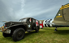 Wartime memories.. (mickb6265) Tags: theflyingfestival oldwarden shuttleworthcollection bedfordshire bedford douglasdc3dakota 348608 betsysbiscuitbomber 643uxb
