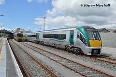 22034 at Tralee, 19/5/19 (hurricanemk1c) Tags: railways railway train trains irish rail irishrail iarnród éireann iarnródéireann 2019 class2600 commuter tokyucarcorp tralee 22000 rotem icr rok 5pce premierclass 22034