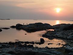 fishing (helena.e) Tags: helenae motorhome husbil rv älsa fotö water vatten klippor cliff cliffs sunset solnedgång people människor bohuslän