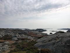 fotö (helena.e) Tags: helenae motorhome husbil rv älsa fotö water vatten klippor cliff cliffs sunset solnedgång moln cloud himmel