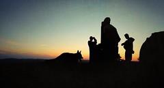 Ocaso. Sendero del Viento, Guadalcanal (Sevilla, Spain) (j_rod4) Tags: ocaso puesta sol atardecer gente people sunset descanso senderismo guadalcanal sevilla españa andalucía camino cima torruca colores color sombra silueta 2019 perro dog