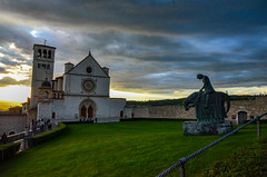 Basilica of San Francesco d'Assisi (Mr.Dare) Tags: assisi umbria italia italy basilica church cathedral chiesa clouds storm sky pope medieval architecture building