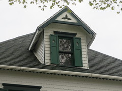 Buena Vista (southofbloor) Tags: dormer eave buenavista cottage mackinac siding notchedsiding