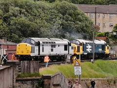 Class 37s 37075 & 37025 'Inverness T.M.D. - Keighley (dwb transport photos) Tags: locomotive tractor 37075 37025 keighley keighleyworthvalleyrailway