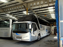 Maynes Neoplan Starliner, M21 YNE (miledorcha) Tags: neoplan starliner 2 tri axle integral rear engined luxury executive premium corporate coach coaches psv pcv mayne maynes buckie north east scotland independent m21yne mw62cyv ellison sthelens scottish depot garage quality