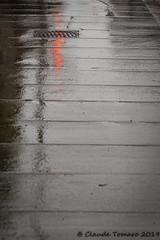 Red reflection (Claude Tomaro) Tags: dooropen opendoor ottawa