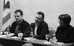 Joan Sánchez Braut, Alfons Escoda i Consol Plà. Eleccions Municipals de Cerdanyola, 2003 (ArxiuTOT) Tags: cerdanyola cerdanyoladelvallès totcerdanyola joansánchezbraut joansánchez alfonsescoda consolplà ciu