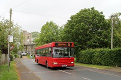 Red Rose Travel W411 UGM 0840hrs Steeple Claydon to Aylesbury 310519 (return2layerroad) Tags: redrosetravel steepleclaydon aylesbury grendonunderwood dennisdartslf plaxton w411ugm buckinghamshire
