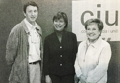Ramón Sauló i Montse Grau donant suport a Consol Plà. Eleccions Municipals 2003. Cerdanyola (ArxiuTOT) Tags: cerdanyola cerdanyoladelvallès totcerdanyola montsegrau ramonsauló consolplà ciu