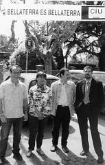 Candidats de CiU a Bellaterra durant les municipals de 2003 - Riba, Pla, Escoda i Camps (ArxiuTOT) Tags: cerdanyola cerdanyoladelvallès totcerdanyola bellaterra alfonsescoda felixriba consolpla ciu